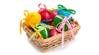 easter eggs with bows